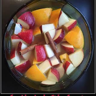 Sparkly Apple Cider Sangria.