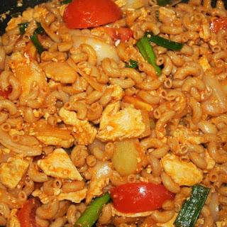Easy Thai Style Stir Fried Macaroni with Chicken