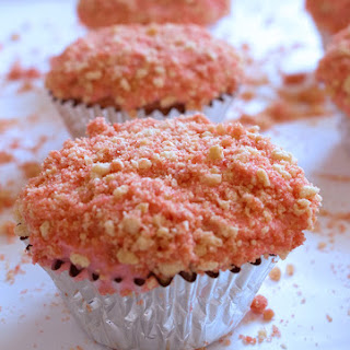 Strawberry Crunch Cupcakes.