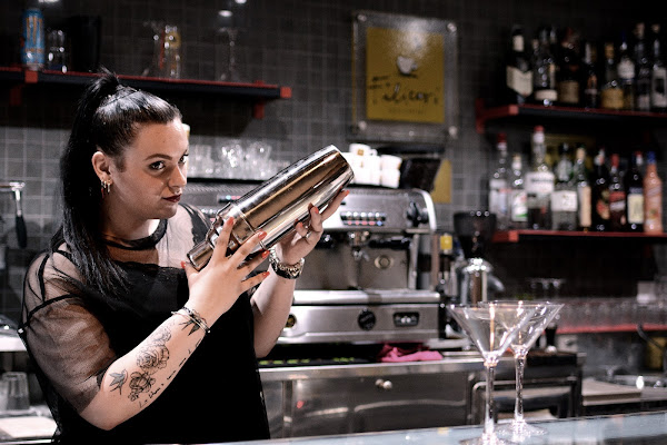 La barman di Justinawind