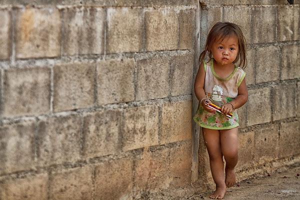 per le strade di ban mong, thailandia