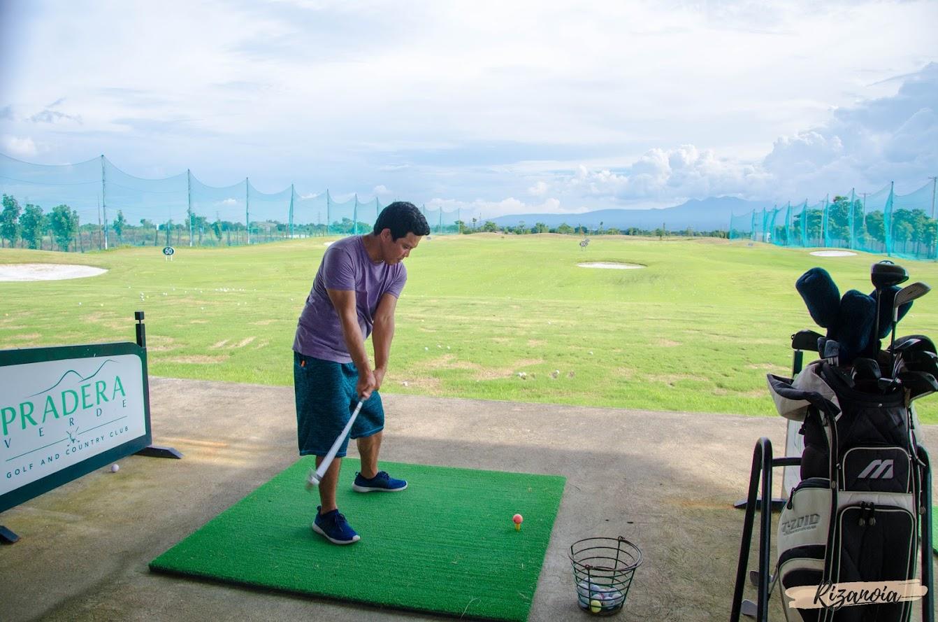 golf in Pradera Verde