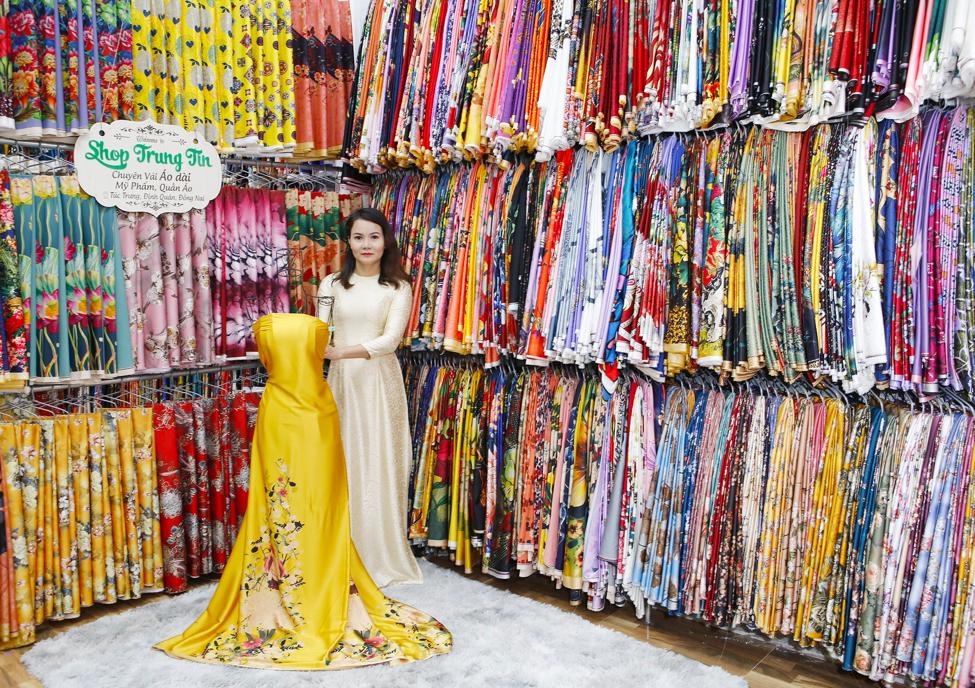 Lý giải sức hút của thương hiệu  thời trang, mỹ phẩm Shop Trung Tín - Ảnh 1