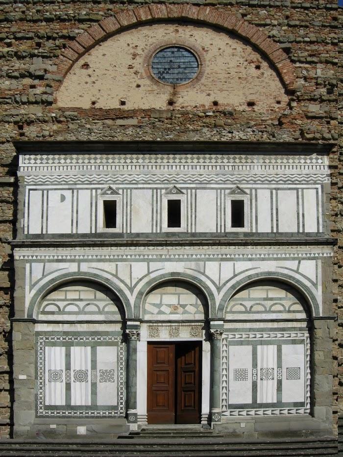 Facciata della Badia Fiesolana, località San Domenico, Fiesole