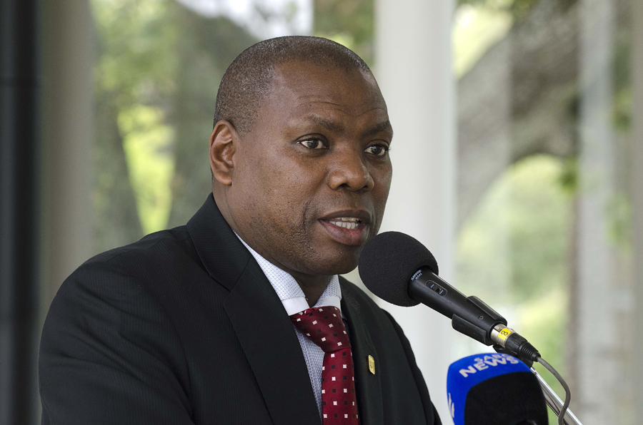 Dr Zweli Mkhize lambasts one of his advisors for 'unprofessional and unbecoming conduct' - SowetanLIVE