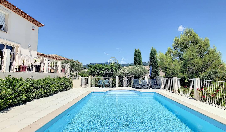 Propriété avec piscine et jardin Clermont-l'herault