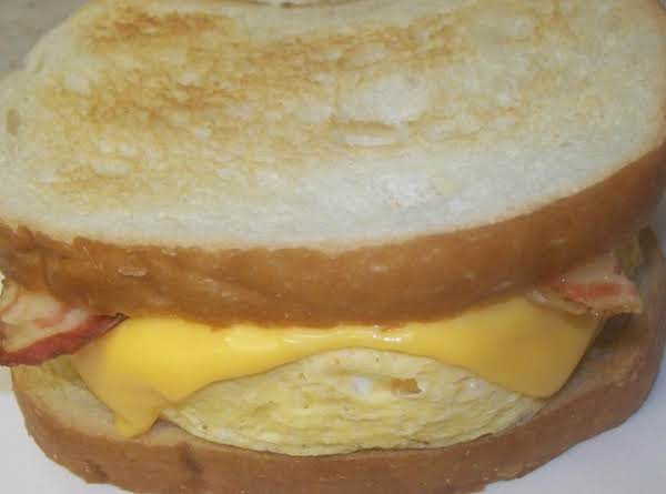 Buffalo Bacon-egg Sammie Recipe