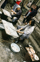 Photo: 10928 上海/自由市場/タチウオ