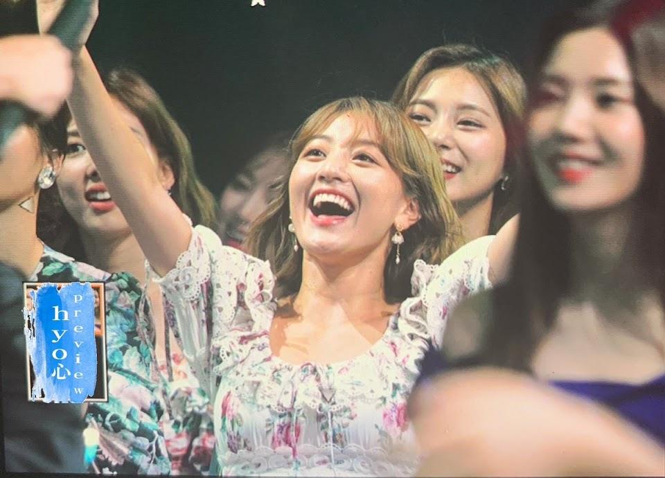 twice jihyo nayeon tzuyu