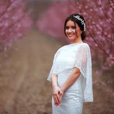 Wedding photographer Usein Khalilov (Usein). Photo of 19.09.2018
