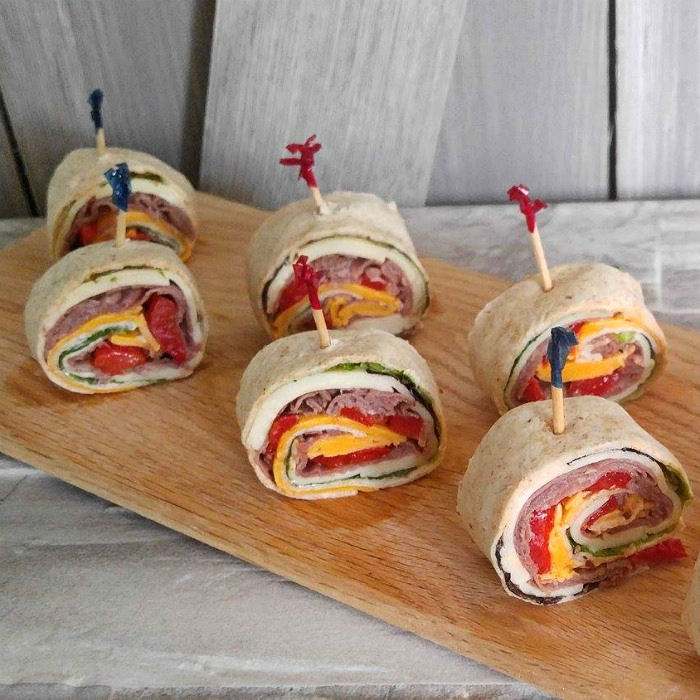 Roast Beef Wraps with Cheese & Roasted Red Peppers