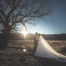 Wedding photographer Nikos Biliouris (biliouris). Photo of 25.11.2016