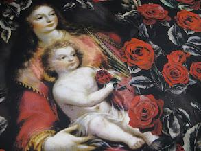 Photo: Ткань:атлас стрейч нат. шелк, ш. 140 см., цена 4600р.