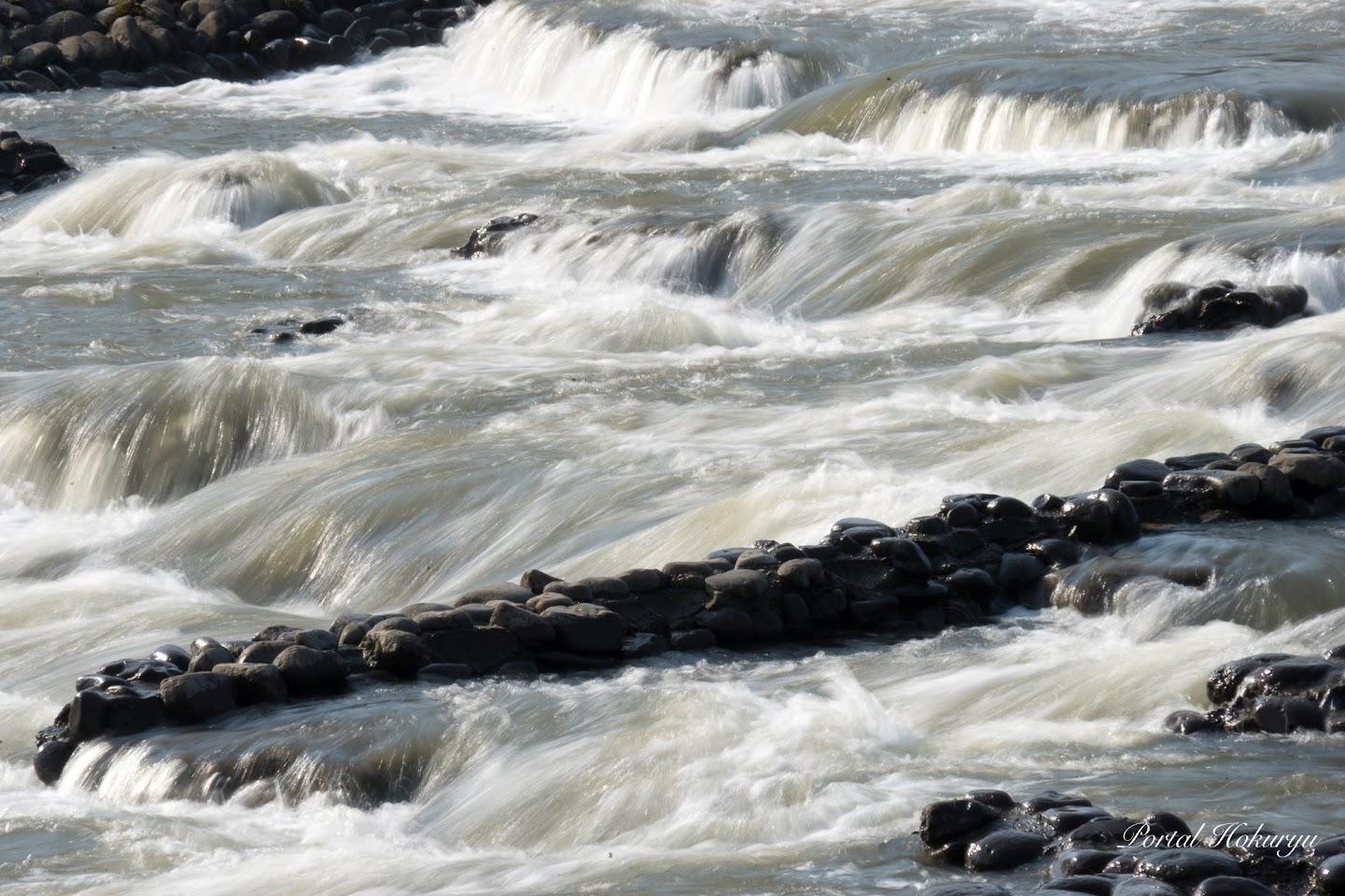 絹糸のような河の流れ
