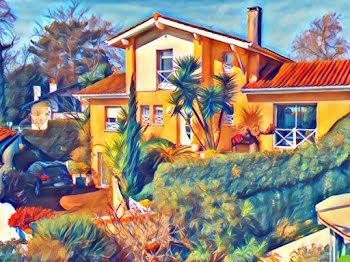 villa à Biarritz (64)