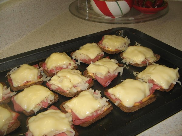 Bake in oven for 4 to 5 minutes until cheese is melted.Enjoy!