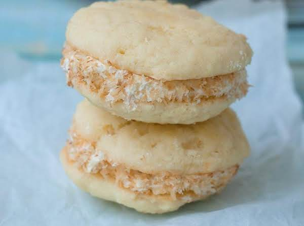 Pineapple Whoopie Pies With Coconut Cream Filling