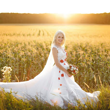 Wedding photographer Aleksandr Byrka (Alexphotos). Photo of 19.08.2018