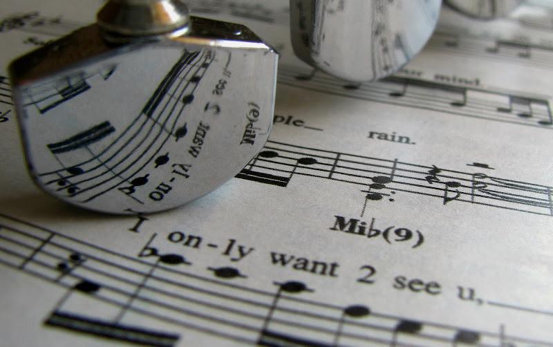 Music everywhere di Elisabetta Di Girolamo