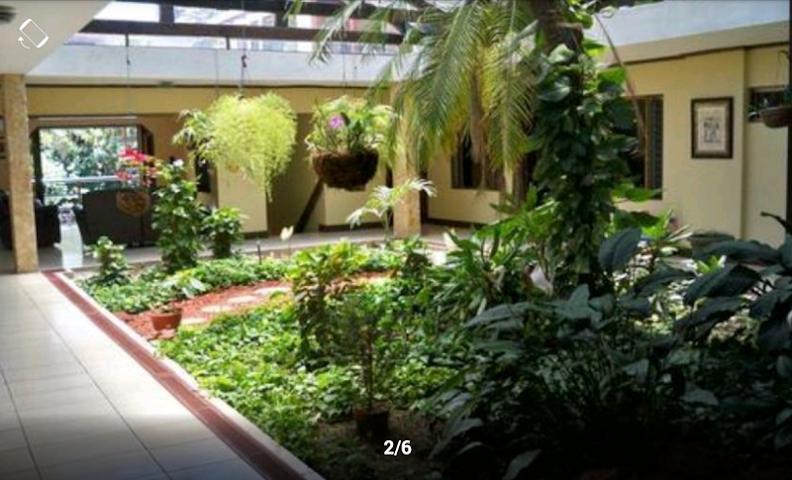 android iCasas Costa Rica Real Estate Screenshot 7
