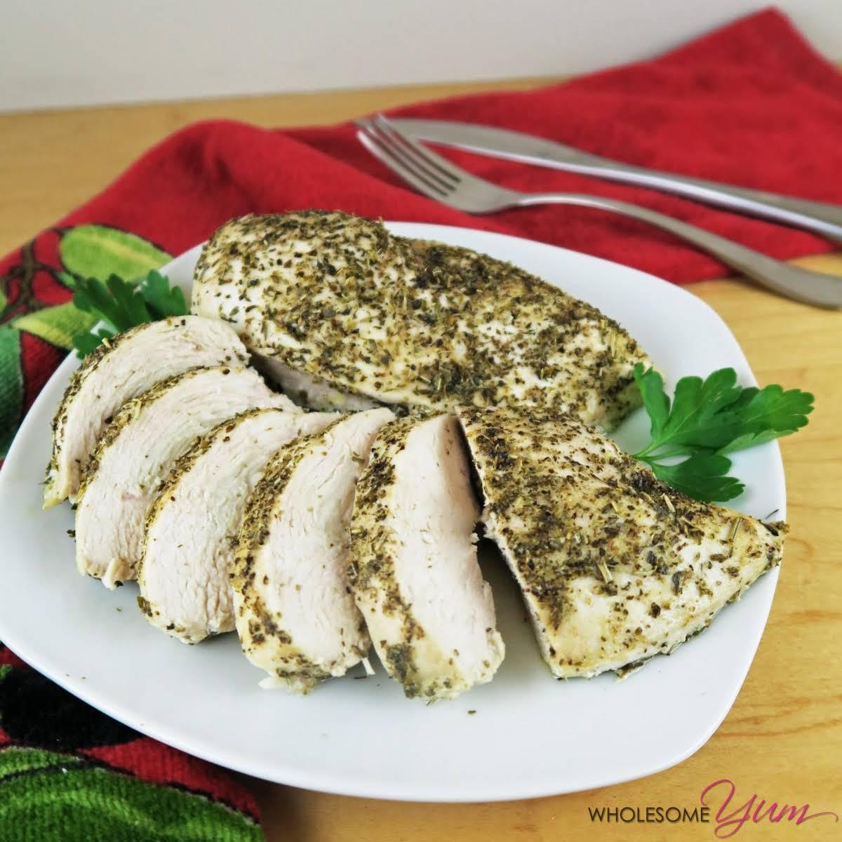 Juicy Italian-Seasoned Chicken Breast (Paleo, Low Carb)