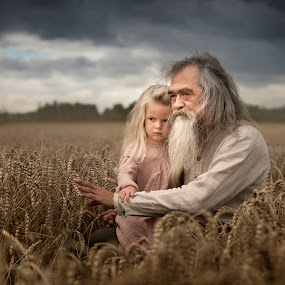 Wise words by Nathalie Rouquette - People Family ( field, child, wise, grandfather, harvest )