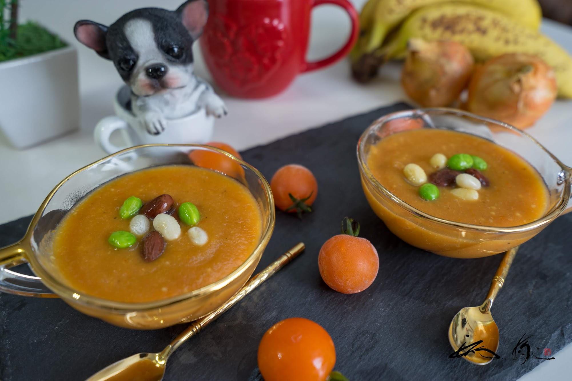 栄養の宝庫・トマトスープ!