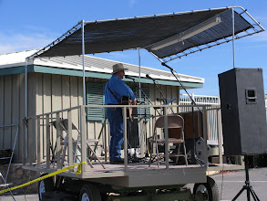 Photo: Richard Elloyan shares his fine songs with the crowd at Stovepipe Wells, CA.
