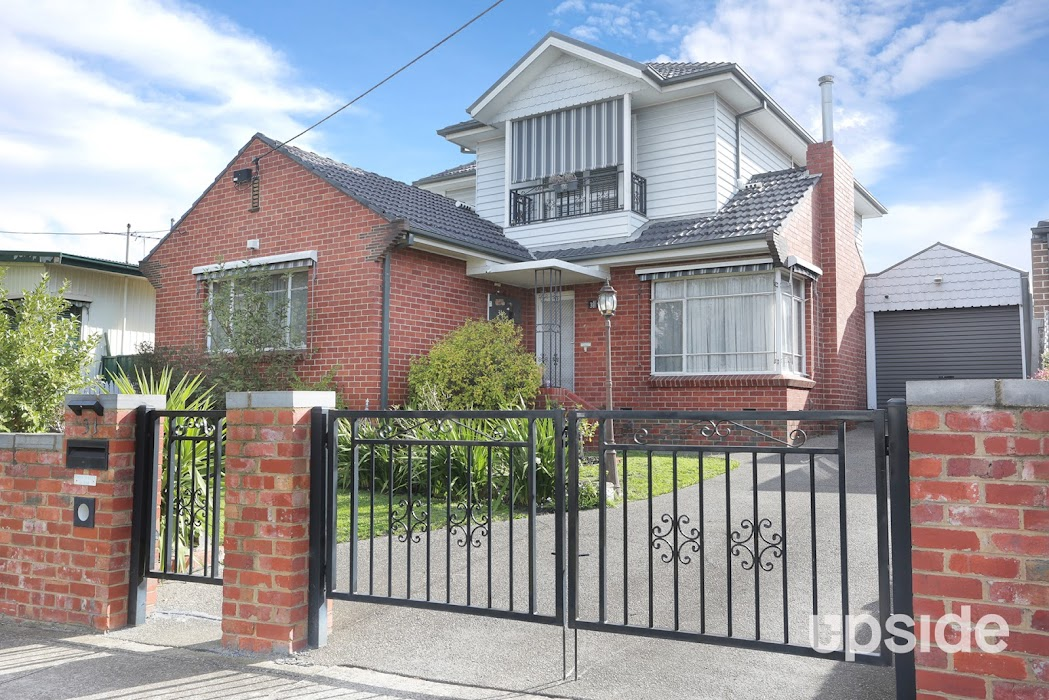 Main photo of property at 31 Austin Crescent, Pascoe Vale 3044