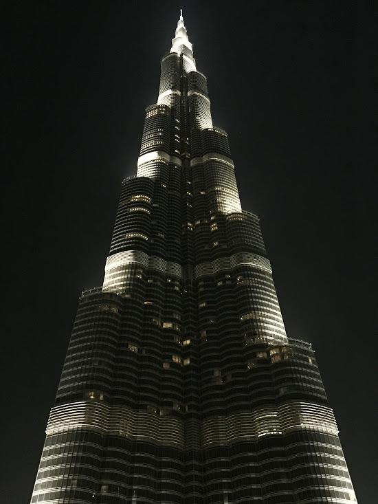 Burj Khalifa вечер