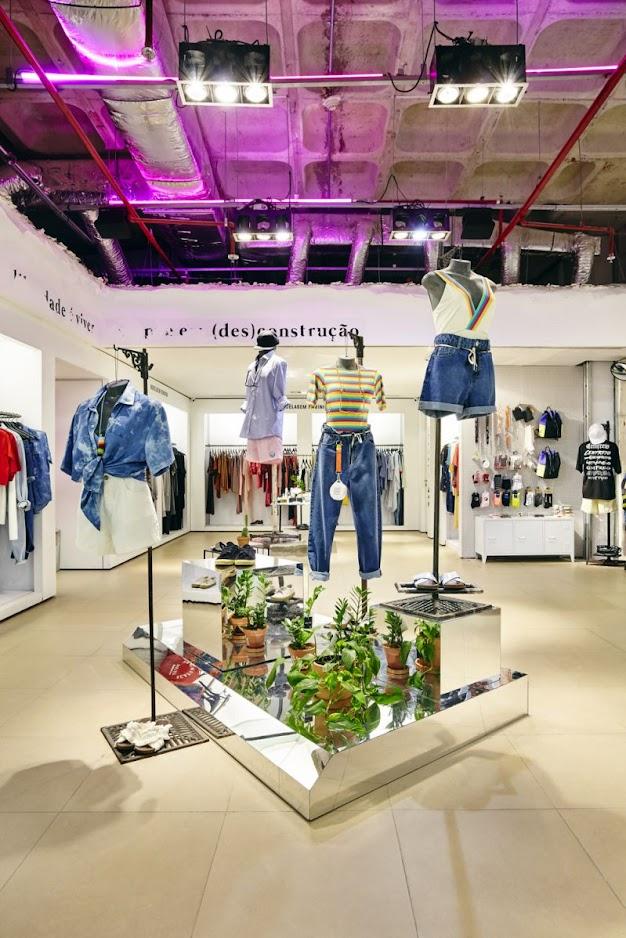 Thiết kế shop thời trang nữ - thiết kế shop quần áo nữ 2