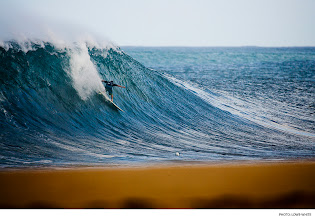 Photo: Jesse Merle Jones, Off The Wall. Photo: Lowe-White #surferphotos