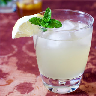 Mint and Lemon Spritzer (Cocktail)