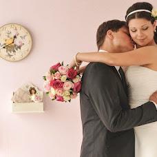 Wedding photographer Elena Nikolaeva (springfoto). Photo of 17.06.2013