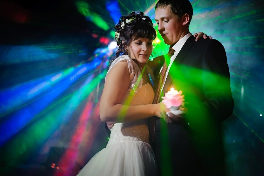 Свадебный фотограф Виктор Боровиков (VicBor). Фотография от 03.09.2015