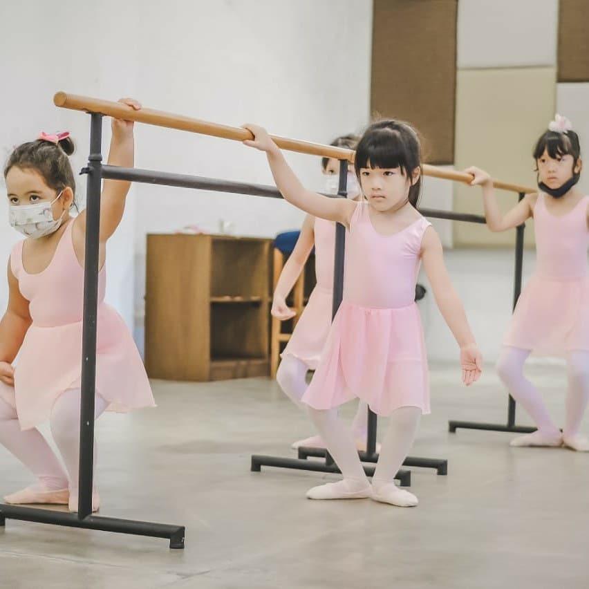 kids destination bali - ballet class jimbaran hub
