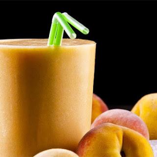 Apple Peach and Basil Smoothie Recipe