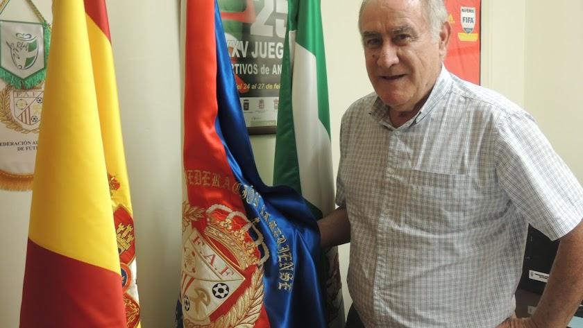 Martín Doblado, con LA VOZ, en la FAF.