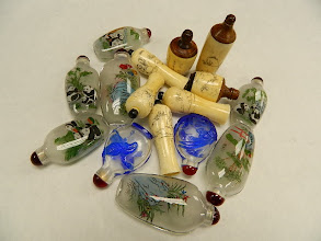 Photo: Snuff Bottles at Objets D'Art