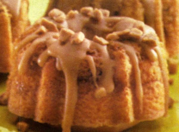 Praline Mini Bundt Cakes Recipe