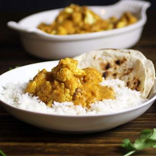 Spicy Coconut Curry Cauliflower (Vegan)
