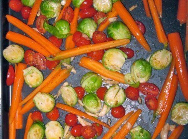 Roasted Brussel Sprouts,tomato,carrots & Garlic Recipe