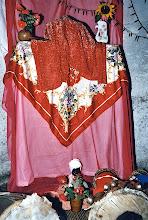 """Photo: Autel syncrétique d'un """"fils"""" de Changó le jour de son """"anniversaire de Saint"""""""