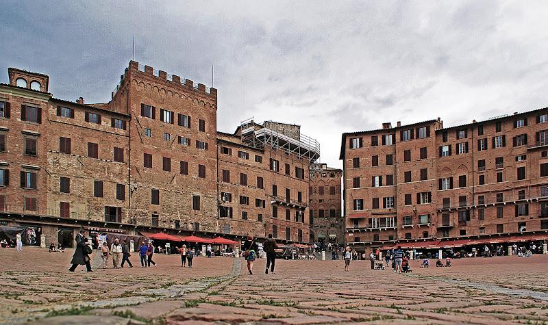 Quattro passi in piazza di Amadeus