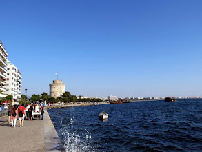 Photo: Thessaloniki - seaside promenade and White Tower