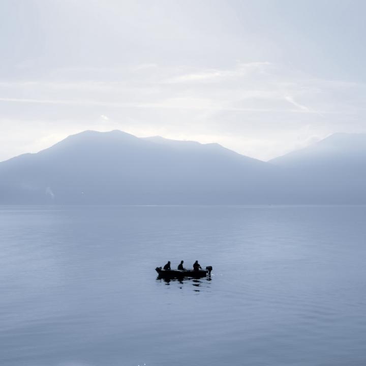 Tre e una barca di Ticino-Joana