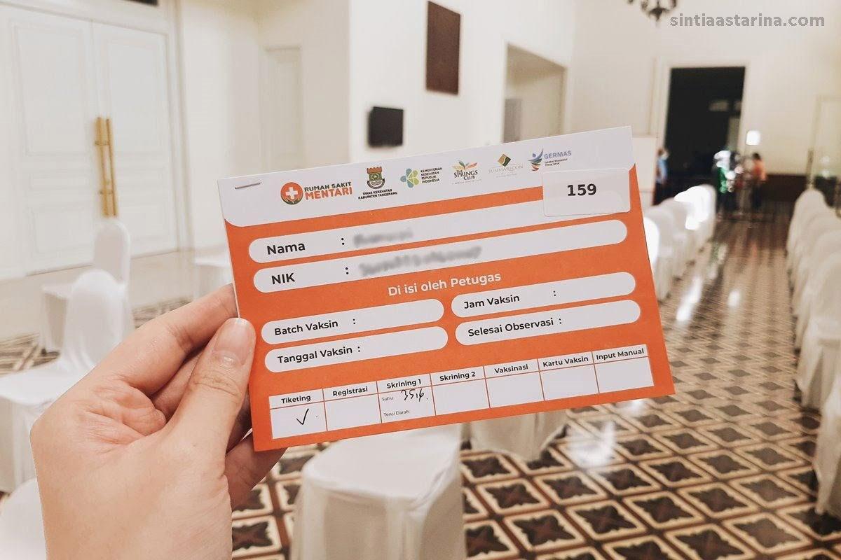 Pengalaman Suntik Vaksin COVID-19 untuk Lansia di Tangerang