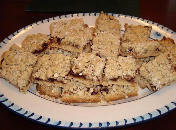 Blackberry Jam Oatmeal Bars