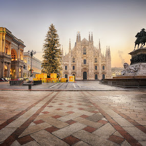 Season's Greetings From Milan by Luca Libralato - Public Holidays Christmas