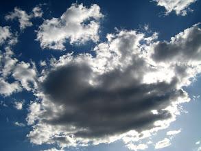 Photo: Słoneczko na chmurkowej dłoni